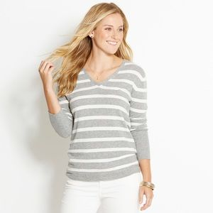 {Vineyard Vines} Gray White Striped Tiller Sweater